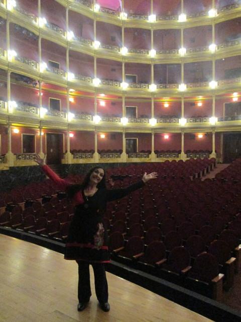 Marcela Sabio en Teatro Degollado antes de actuación