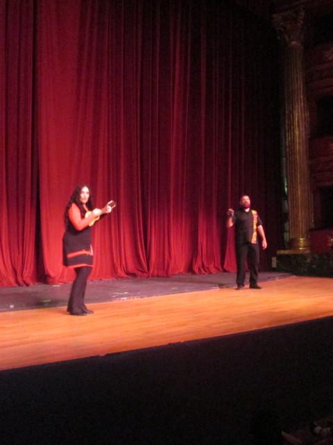 Marcela Sabio y Rubén Corbett en espectáculo