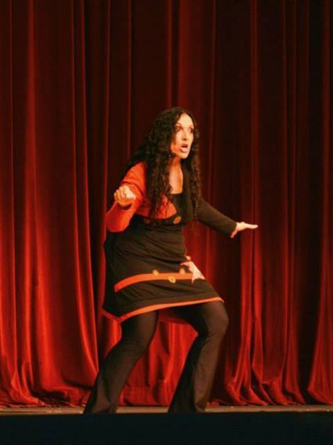 Marcela Sabio en espectáculo Cuentos con Ton y Son